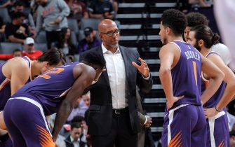 SACRAMENTO, CA - OCTOBER 10: Head coach Monty Williams of the Phoenix Suns coaches against the Sacramento Kings on October 10, 2019 at Golden 1 Center in Sacramento, California. NOTE TO USER: User expressly acknowledges and agrees that, by downloading and or using this photograph, User is consenting to the terms and conditions of the Getty Images Agreement. Mandatory Copyright Notice: Copyright 2019 NBAE (Photo by Rocky Widner/NBAE via Getty Images)