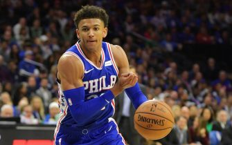 PHILADELPHIA, PA - OCTOBER 23: Matisse Thybulle #22 of the Philadelphia 76ers drives to the net against the Boston Celtics at Wells Fargo Center on October 23, 2019 in Philadelphia, Pennsylvania. The 76ers won 107-93. NOTE TO USER: User expressly acknowledges and agrees that, by downloading and or using this photograph, User is consenting to the terms and conditions of the Getty Images License Agreement.  (Photo by Drew Hallowell/Getty Images)