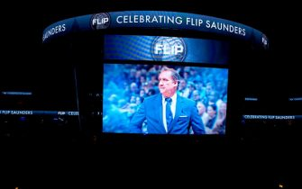 MINNEAPOLIS, MN -  FEBRUARY 15:  The Minnesota Timberwolves honor Flip Saunders before the game against the Los Angeles Lakers on February 15, 2018 at Target Center in Minneapolis, Minnesota. NOTE TO USER: User expressly acknowledges and agrees that, by downloading and or using this Photograph, user is consenting to the terms and conditions of the Getty Images License Agreement. Mandatory Copyright Notice: Copyright 2018 NBAE (Photo by Bree McGee/NBAE via Getty Images)