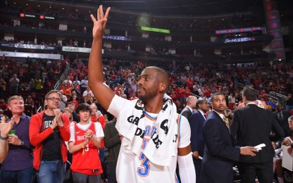 Il tributo dei Rockets a Chris Paul. VIDEO