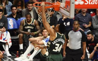 LOS ANGELES, CA - NOVEMBER 6: Giannis Antetokounmpo #34 of the Milwaukee Bucks dunks the ball against the LA Clippers on November 6, 2019 at STAPLES Center in Los Angeles, California. NOTE TO USER: User expressly acknowledges and agrees that, by downloading and/or using this Photograph, user is consenting to the terms and conditions of the Getty Images License Agreement. Mandatory Copyright Notice: Copyright 2019 NBAE (Photo by Adam Pantozzi/NBAE via Getty Images)