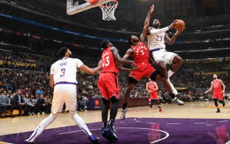 LOS ANGELES, CA - NOVEMBER 10: LeBron James #23 of the Los Angeles Lakers drives to the basket against the Toronto Raptors on November 10, 2019 at STAPLES Center in Los Angeles, California. NOTE TO USER: User expressly acknowledges and agrees that, by downloading and/or using this Photograph, user is consenting to the terms and conditions of the Getty Images License Agreement. Mandatory Copyright Notice: Copyright 2019 NBAE (Photo by Andrew D. Bernstein/NBAE via Getty Images)