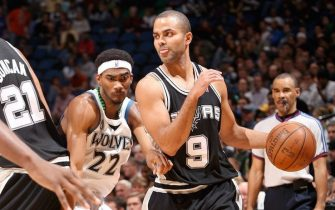 MINNEAPOLIS - NOVEMBER 5:  Tony Parker #9 of the San Antonio Spurs moves the ball past Corey Brewer #22 of the San Antonio Spurs during the game at the Target Center on November 5, 2008 in Minneapolis, Minnesota. The Spurs won 129-125.  NOTE TO USER: User expressly acknowledges and agrees that, by downloading and or using this Photograph, user is consenting to the terms and conditions of the Getty Images License Agreement. Mandatory Copyright Notice: Copyright 2008 NBAE (Photo by David Sherman/NBAE via Getty Images)