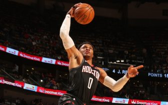 NEW ORLEANS, LA - NOVEMBER 11: Russell Westbrook #0 of the Houston Rockets dunks the ball against the New Orleans Pelicans on November 11, 2019 at the Smoothie King Center in New Orleans, Louisiana. NOTE TO USER: User expressly acknowledges and agrees that, by downloading and or using this Photograph, user is consenting to the terms and conditions of the Getty Images License Agreement. Mandatory Copyright Notice: Copyright 2019 NBAE (Photo by Layne Murdoch Jr./NBAE via Getty Images)