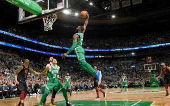 BOSTON, MA - DECEMBER 27: Jaylen Brown #7 of the Boston Celtics dunks the ball against the Cleveland Cavaliers on December 27, 2019 at the TD Garden in Boston, Massachusetts. NOTE TO USER: User expressly acknowledges and agrees that, by downloading and or using this photograph, User is consenting to the terms and conditions of the Getty Images License Agreement. Mandatory Copyright Notice: Copyright 2019 NBAE (Photo by Brian Babineau/NBAE via Getty Images)