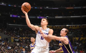 LOS ANGELES, CA - NOVEMBER 15: Bogdan Bogdanovic #8 of the Sacramento Kings shoots the ball against the Los Angeles Lakers on November 15, 2019 at STAPLES Center in Los Angeles, California. NOTE TO USER: User expressly acknowledges and agrees that, by downloading and/or using this Photograph, user is consenting to the terms and conditions of the Getty Images License Agreement. Mandatory Copyright Notice: Copyright 2019 NBAE (Photo by Andrew D. Bernstein/NBAE via Getty Images)