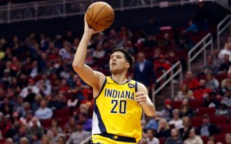 HOUSTON, TEXAS - NOVEMBER 15: Doug McDermott #20 of the Indiana Pacers shoots a running floater baseline against the Houston Rockets at Toyota Center on November 15, 2019 in Houston, Texas. NOTE TO USER: User expressly acknowledges and agrees that, by downloading and/or using this photograph, user is consenting to the terms and conditions of the Getty Images License Agreement.  (Photo by Bob Levey/Getty Images)