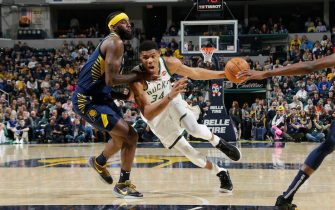 INDIANAPOLIS, IN - NOVEMBER 16:  Giannis Antetokounmpo #34 of the Milwaukee Bucks drives to the basket against the Indiana Pacers on November 16, 2019 at Bankers Life Fieldhouse in Indianapolis, Indiana. NOTE TO USER: User expressly acknowledges and agrees that, by downloading and or using this Photograph, user is consenting to the terms and conditions of the Getty Images License Agreement. Mandatory Copyright Notice: Copyright 2019 NBAE (Photo by Ron Hoskins/NBAE via Getty Images)