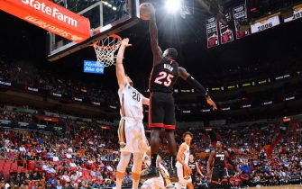 MIAMI, FL - NOVEMBER 16: Kendrick Nunn #25 of the Miami Heat dunks the ball against the New Orleans Pelicans on November 16, 2019 at the American Airlines Arena in Miami, Florida. NOTE TO USER: User expressly acknowledges and agrees that, by downloading and/or using this Photograph, user is consenting to the terms and conditions of the Getty Images License Agreement. Mandatory Copyright Notice: Copyright 2019 NBAE (Photo by Jesse D. Garrabrant/NBAE via Getty Images)