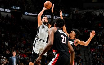SAN ANTONIO, TX - NOVEMBER 16: Marco Belinelli #18 of the San Antonio Spurs shoots the ball against the Portland Trail Blazers on November 16, 2019 at the AT&T Center in San Antonio, Texas. NOTE TO USER: User expressly acknowledges and agrees that, by downloading and or using this photograph, user is consenting to the terms and conditions of the Getty Images License Agreement. Mandatory Copyright Notice: Copyright 2019 NBAE (Photos by Logan Riely/NBAE via Getty Images)