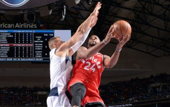 DALLAS, TX - NOVEMBER 16: Norman Powell #24 of the Toronto Raptors shoots the ball against the Dallas Mavericks on November 16, 2019 at the American Airlines Center in Dallas, Texas. NOTE TO USER: User expressly acknowledges and agrees that, by downloading and or using this photograph, User is consenting to the terms and conditions of the Getty Images License Agreement. Mandatory Copyright Notice: Copyright 2019 NBAE (Photo by Glenn James/NBAE via Getty Images)