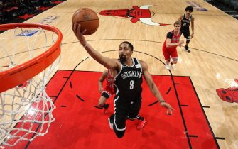 CHICAGO, IL - NOVEMBER 16: Spencer Dinwiddie #8 of the Brooklyn Nets shoots the ball against the Chicago Bulls on November 16, 2019 at the United Center in Chicago, Illinois. NOTE TO USER: User expressly acknowledges and agrees that, by downloading and or using this photograph, user is consenting to the terms and conditions of the Getty Images License Agreement.  Mandatory Copyright Notice: Copyright 2019 NBAE (Photo by Gary Dineen/NBAE via Getty Images)