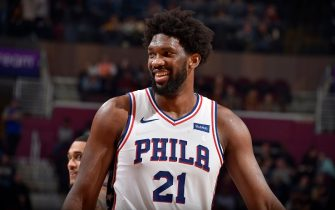 CLEVELAND, OH - NOVEMBER 17: Joel Embiid #21 of the Philadelphia 76ers smiles during the game against the Cleveland Cavaliers on November 17, 2019 at Quicken Loans Arena in Cleveland, Ohio. NOTE TO USER: User expressly acknowledges and agrees that, by downloading and/or using this Photograph, user is consenting to the terms and conditions of the Getty Images License Agreement. Mandatory Copyright Notice: Copyright 2019 NBAE (Photo by David Liam Kyle/NBAE via Getty Images)