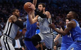 DALLAS, TEXAS - NOVEMBER 18:   Marco Belinelli #18 of the San Antonio Spurs takes a shot against the Dallas Mavericks in the first half at American Airlines Center on November 18, 2019 in Dallas, Texas.  NOTE TO USER: User expressly acknowledges and agrees that, by downloading and or using this photograph, User is consenting to the terms and conditions of the Getty Images License Agreement. (Photo by Ronald Martinez/Getty Images)