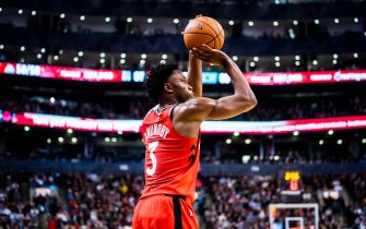 TORONTO, ONTARIO - NOVEMBER 18: OG Anunoby #3 of the Toronto Raptors hits a three pointer against the Charlotte Hornets during their NBA basketball game at Scotiabank Arena on November 18, 2019 in Toronto, Canada. NOTE TO USER: User expressly acknowledges and agrees that, by downloading and or using this photograph, User is consenting to the terms and conditions of the Getty Images Agreement. (Photo by Mark Blinch/Getty Images)