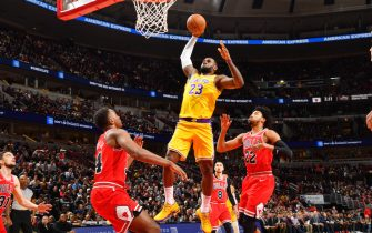 CHICAGO, IL - NOVEMBER 5: LeBron James #23 of the Los Angeles Lakers dunks the ball against the Chicago Bulls on November 5, 2019 at United Center in Chicago, Illinois. NOTE TO USER: User expressly acknowledges and agrees that, by downloading and or using this photograph, User is consenting to the terms and conditions of the Getty Images License Agreement. Mandatory Copyright Notice: Copyright 2019 NBAE (Photo by Jesse D. Garrabrant/NBAE via Getty Images)