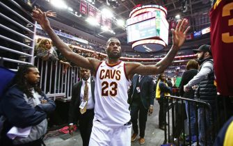 WASHINGTON, DC - DECEMBER 17:  LeBron James #23 of the Cleveland Cavaliers shakes fans hands as he walks off the court after the game against the Washington Wizards on December 17, 2017 at Capital One Arena in Washington, DC. NOTE TO USER: User expressly acknowledges and agrees that, by downloading and or using this Photograph, user is consenting to the terms and conditions of the Getty Images License Agreement. Mandatory Copyright Notice: Copyright 2017 NBAE (Photo by Nathaniel S. Butler/NBAE via Getty Images)