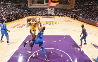 LOS ANGELES, CA - NOVEMBER 19: LeBron James #23 of the Los Angeles Lakers shoots the ball against the Oklahoma City Thunder on November 19, 2019 at STAPLES Center in Los Angeles, California. NOTE TO USER: User expressly acknowledges and agrees that, by downloading and/or using this Photograph, user is consenting to the terms and conditions of the Getty Images License Agreement. Mandatory Copyright Notice: Copyright 2019 NBAE (Photo by Andrew D. Bernstein/NBAE via Getty Images)
