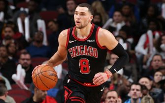 CHICAGO, IL - NOVEMBER 22: Zach LaVine #8 of the Chicago Bulls handles the ball against the Miami Heat on November 22, 2019 at the United Center in Chicago, Illinois. NOTE TO USER: User expressly acknowledges and agrees that, by downloading and or using this photograph, user is consenting to the terms and conditions of the Getty Images License Agreement.  Mandatory Copyright Notice: Copyright 2019 NBAE (Photo by Gary Dineen/NBAE via Getty Images)