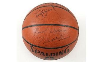 Michael Jordan pallone