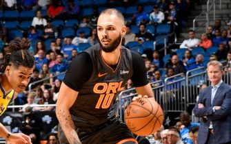ORLANDO, FL - DECEMBER 1: Evan Fournier #10 of the Orlando Magic handles the ball against the Golden State Warriors on December 1, 2019 at Amway Center in Orlando, Florida. NOTE TO USER: User expressly acknowledges and agrees that, by downloading and or using this photograph, User is consenting to the terms and conditions of the Getty Images License Agreement. Mandatory Copyright Notice: Copyright 2019 NBAE (Photo by Fernando Medina/NBAE via Getty Images)