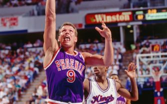 SACRAMENTO, CA - 1989: Dan Majerle #9 of the Phoenix Suns shoots against the Sacramento Kings circa 1989 at Arco Arena in Sacramento, California. NOTE TO USER: User expressly acknowledges and agrees that, by downloading and or using this photograph, User is consenting to the terms and conditions of the Getty Images License Agreement. Mandatory Copyright Notice: Copyright 1989 NBAE (Photo by Rocky Widner/NBAE via Getty Images)