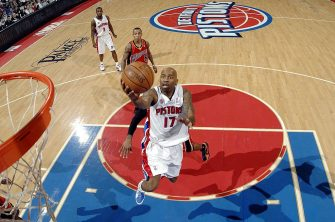 AUBURN HILLS, MI - DECEMBER 12:  Chucky Atkins #17 of the Detroit Pistons drives to the basket for a layup during the game against the Golden State Warriors at the Palace of Auburn Hills on December 12, 2009 in Auburn Hills, Michigan. The Pistons won 104-95.  NOTE TO USER: User expressly acknowledges and agrees that, by downloading and/or using this Photograph, user is consenting to the terms and conditions of the Getty Images License Agreement. Mandatory Copyright Notice: Copyright 2009 NBAE (Photo by Allen Einstein/NBAE via Getty Images)