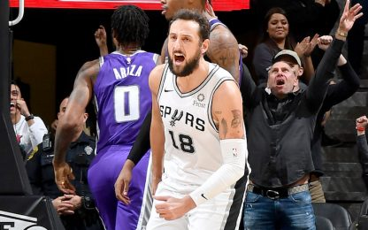 Belinelli, tripla decisiva per l'overtime! VIDEO