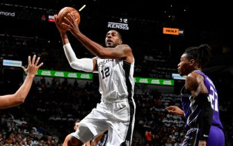 SAN ANTONIO, TX - DECEMBER 6: LaMarcus Aldridge #12 of the San Antonio Spurs shoots the ball against the Sacramento Kings on December 6, 2019 at the AT&T Center in San Antonio, Texas. NOTE TO USER: User expressly acknowledges and agrees that, by downloading and or using this photograph, user is consenting to the terms and conditions of the Getty Images License Agreement. Mandatory Copyright Notice: Copyright 2019 NBAE (Photos by Logan Riely/NBAE via Getty Images)