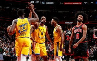 CHICAGO, IL - DECEMBER 6: Draymond Green #23, and Alec Burks #8 of the Golden State Warriors hi-five each other against the Chicago Bulls on December 6, 2019 at United Center in Chicago, Illinois. NOTE TO USER: User expressly acknowledges and agrees that, by downloading and or using this photograph, User is consenting to the terms and conditions of the Getty Images License Agreement. Mandatory Copyright Notice: Copyright 2019 NBAE (Photo by Jeff Haynes/NBAE via Getty Images)