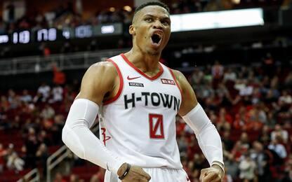 Westbrook, terza tripla doppia in fila: Suns ko