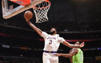 LOS ANGELES, CA - DECEMBER 8: Anthony Davis #3 of the Los Angeles Lakers shoots the ball against the Minnesota Timberwolves on December 8, 2019 at STAPLES Center in Los Angeles, California. NOTE TO USER: User expressly acknowledges and agrees that, by downloading and/or using this Photograph, user is consenting to the terms and conditions of the Getty Images License Agreement. Mandatory Copyright Notice: Copyright 2019 NBAE (Photo by Adam Pantozzi/NBAE via Getty Images)