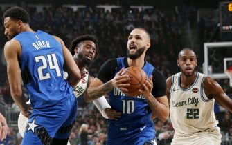 MILWAUKEE, WI - DECEMBER 9: Evan Fournier #10 of the Orlando Magic drives to the basket against the Milwaukee Bucks on December 9, 2019 at the Fiserv Forum Center in Milwaukee, Wisconsin. NOTE TO USER: User expressly acknowledges and agrees that, by downloading and or using this Photograph, user is consenting to the terms and conditions of the Getty Images License Agreement. Mandatory Copyright Notice: Copyright 2019 NBAE (Photo by Gary Dineen/NBAE via Getty Images).