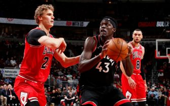 CHICAGO, IL - DECEMBER 9: Pascal Siakam #43 of the Toronto Raptors handles the ball against the Chicago Bulls on December 9, 2019 at United Center in Chicago, Illinois. NOTE TO USER: User expressly acknowledges and agrees that, by downloading and or using this photograph, User is consenting to the terms and conditions of the Getty Images License Agreement. Mandatory Copyright Notice: Copyright 2019 NBAE (Photo by Jeff Haynes/NBAE via Getty Images)