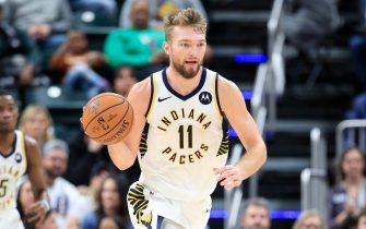 INDIANAPOLIS, INDIANA - DECEMBER 09: Domantas Sabonis #11 of the Indiana Pacers dribbles the ball during the 110-99 loss to the Los Angeles Clippers at Bankers Life Fieldhouse on December 09, 2019 in Indianapolis, Indiana.     NOTE TO USER: User expressly acknowledges and agrees that, by downloading and or using this photograph, User is consenting to the terms and conditions of the Getty Images License Agreement. (Photo by Andy Lyons/Getty Images)