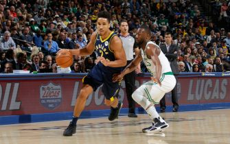 INDIANAPOLIS, IN - DECEMBER 11: Malcolm Brogdon #7 of the Indiana Pacers handles the ball against the Boston Celtics on December 11, 2019 at Bankers Life Fieldhouse in Indianapolis, Indiana. NOTE TO USER: User expressly acknowledges and agrees that, by downloading and or using this Photograph, user is consenting to the terms and conditions of the Getty Images License Agreement. Mandatory Copyright Notice: Copyright 2019 NBAE (Photo by Ron Hoskins/NBAE via Getty Images)