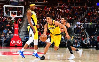 ATLANTA, GA - DECEMBER 13: Malcolm Brogdon #7 of the Indiana Pacers handles the ball against the Atlanta Hawks on December 13, 2019 at State Farm Arena in Atlanta, Georgia.  NOTE TO USER: User expressly acknowledges and agrees that, by downloading and/or using this Photograph, user is consenting to the terms and conditions of the Getty Images License Agreement. Mandatory Copyright Notice: Copyright 2019 NBAE (Photo by Scott Cunningham/NBAE via Getty Images)