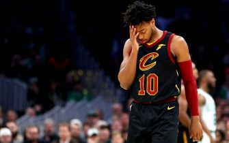 BOSTON, MASSACHUSETTS - DECEMBER 09: Darius Garland #10 of the Cleveland Cavaliers puts his head in his hand during the first half of the game against the Boston Celtics at TD Garden on December 09, 2019 in Boston, Massachusetts. (Photo by Maddie Meyer/Getty Images)