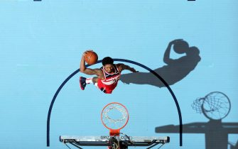 MEMPHIS, TN - DECEMBER 14: Bradley Beal #3 of the Washington Wizards drives to the basket during the game against the Memphis Grizzlies on December 14, 2019 at FedExForum in Memphis, Tennessee. NOTE TO USER: User expressly acknowledges and agrees that, by downloading and or using this photograph, User is consenting to the terms and conditions of the Getty Images License Agreement. Mandatory Copyright Notice: Copyright 2019 NBAE (Photo by Joe Murphy/NBAE via Getty Images)