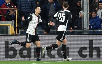 GENOA, ITALY - DECEMBER 18: Cristiano Ronaldo of Juventus celebrates after scoring his first goal during the Serie A match between UC Sampdoria and Juventus at Stadio Luigi Ferraris on December 18, 2019 in Genoa, Italy. (Photo by Paolo Rattini/Getty Images)