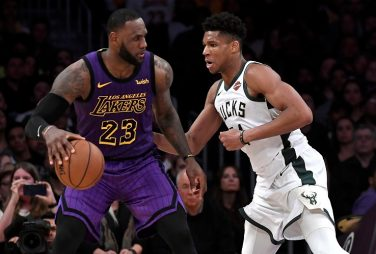 LOS ANGELES, CALIFORNIA - MARCH 01: LeBron James #23 of the Los Angeles Lakers is guraded by Giannis Antetokounmpo #34 of the Milwaukee Bucks during the game at Staples Center on March 01, 2019 in Los Angeles, California. NOTE TO USER: User expressly acknowledges and agrees that, by downloading and or using this photograph, User is consenting to the terms and conditions of the Getty Images License Agreement.  (Photo by Kevork Djansezian/Getty Images)