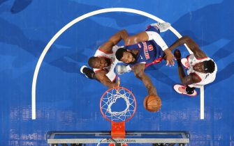 DETROIT, MI - DECEMBER 18: Andre Drummond #0 of the Detroit Pistons shoots the ball against the Toronto Raptors on December 18, 2019 at Little Caesars Arena in Detroit, Michigan. NOTE TO USER: User expressly acknowledges and agrees that, by downloading and/or using this photograph, User is consenting to the terms and conditions of the Getty Images License Agreement. Mandatory Copyright Notice: Copyright 2019 NBAE (Photo by Brian Sevald/NBAE via Getty Images)