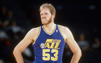 CHICAGO, IL - CIRCA 1989:  Mark Eaton #53 of the Utah Jazz looks to looks on against the Chicago Bulls during an NBA basketball game circa 1989 at Chicago Stadium in Chicago, Illinois. Eaton played for the Jazz from 1982-93. (Photo by Focus on Sport/Getty Images)