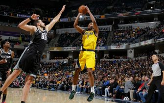 INDIANAPOLIS, IN - DECEMBER 20: T.J. Warren #1 of the Indiana Pacers shoots the ball against the Sacramento Kings on December 20, 2019 at Bankers Life Fieldhouse in Indianapolis, Indiana. NOTE TO USER: User expressly acknowledges and agrees that, by downloading and or using this Photograph, user is consenting to the terms and conditions of the Getty Images License Agreement. Mandatory Copyright Notice: Copyright 2019 NBAE (Photo by Ron Hoskins/NBAE via Getty Images)