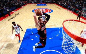 DETROIT, MI - DECEMBER 21: Zach LaVine #8 of the Chicago Bulls goes up for a dunk during a game against the Detroit Pistons on December 21, 2019 at Little Caesars Arena in Detroit, Michigan. NOTE TO USER: User expressly acknowledges and agrees that, by downloading and/or using this photograph, User is consenting to the terms and conditions of the Getty Images License Agreement. Mandatory Copyright Notice: Copyright 2019 NBAE (Photo by Brian Sevald/NBAE via Getty Images)