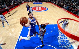 DETROIT, MI - DECEMBER 23: Ben Simmons #25 of the Philadelphia 76ers drives to the basket during a game against the Detroit Pistons on December 23, 2019 at Little Caesars Arena in Detroit, Michigan. NOTE TO USER: User expressly acknowledges and agrees that, by downloading and/or using this photograph, User is consenting to the terms and conditions of the Getty Images License Agreement. Mandatory Copyright Notice: Copyright 2019 NBAE (Photo by Brian Sevald/NBAE via Getty Images)