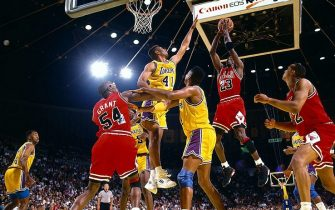 INGLEWOOD, CA - JUNE 7:  Michael Jordan #23 of the Chicago Bulls shoots over Elden Campbell #41 of the Los Angeles Lakers during Game 3 of the 1991 NBA Championship Finals on June 7, 1991 at the Great Western Forum in Inglewood, California.  NOTE TO USER: User expressly acknowledges and agrees that, by downloading and/or using this Photograph, User is consenting to the terms and conditions of the Getty Images License Agreement.  Mandatory copyright notice: Copyright 1991 NBAE  (Photo by Andrew D. Bernstein/NBAE via Getty Images)