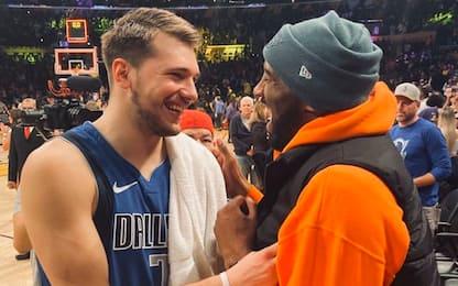 LeBron, AD e Luka: Kobe saluta tutti a L.A. VIDEO