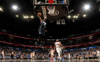 ORLANDO, FL - JANUARY 1: Terrence Ross #8 of the Orlando Magic dunks the ball against the Miami Heat on January 1, 2020 at Amway Center in Orlando, Florida. NOTE TO USER: User expressly acknowledges and agrees that, by downloading and or using this photograph, User is consenting to the terms and conditions of the Getty Images License Agreement. Mandatory Copyright Notice: Copyright 2020 NBAE (Photo by Fernando Medina/NBAE via Getty Images)