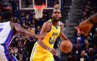 SAN FRANCISCO, CA - JANUARY 4: Alec Burks #8 of the Golden State Warriors handles the ball during the game against the Detroit Pistons on January 4, 2020 at Chase Center in San Francisco, California. NOTE TO USER: User expressly acknowledges and agrees that, by downloading and or using this photograph, user is consenting to the terms and conditions of Getty Images License Agreement. Mandatory Copyright Notice: Copyright 2020 NBAE (Photo by Noah Graham/NBAE via Getty Images)